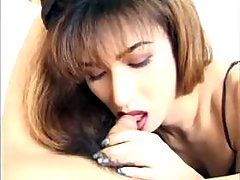 Asian shemale lady trains her mouth